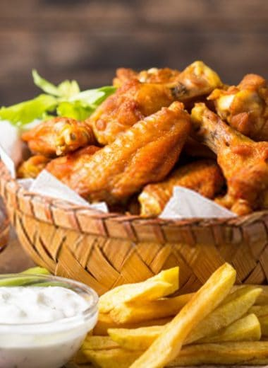 hooters chicken wings