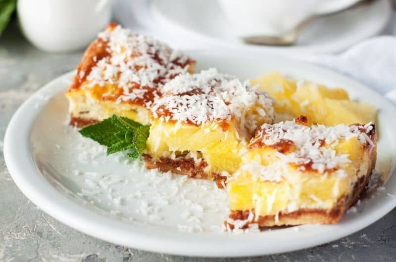 25 Pineapple Desserts